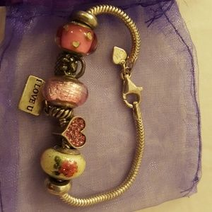 Kay Jewelers charm bracelet w all charms included